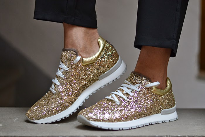 Sneakers brillantini all star converse donna converse for Immagini con brillantini