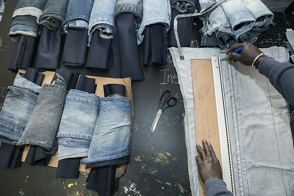 jeans – I HATE BANANAS